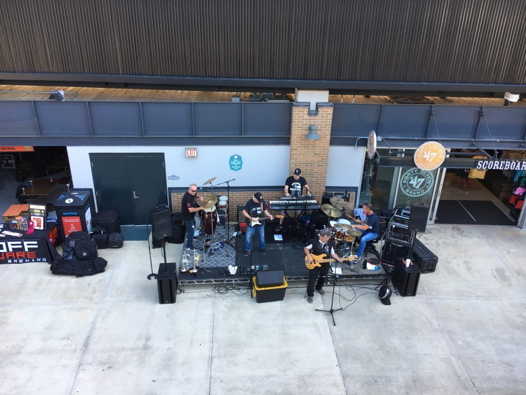 chisox craft beer festival band