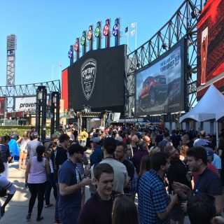 chisox craft beer festival crowd